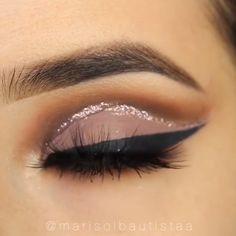 Schöne Augen Make-up Tutorial Compilation . - Макияж - Make Up Eye Makeup Steps, Makeup Eye Looks, Beautiful Eye Makeup, Smokey Eye Makeup, Eyebrow Makeup, Skin Makeup, Eyeshadow Makeup, Eyeshadow Brushes, Makeup Brushes