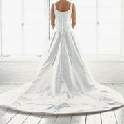 How to Make a Bustle for a Wedding Gown | eHow