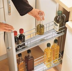 Smart thinking: Kitchen organisation & storage ideas.... i actually NEED this & have the perfect cupboard to convert!