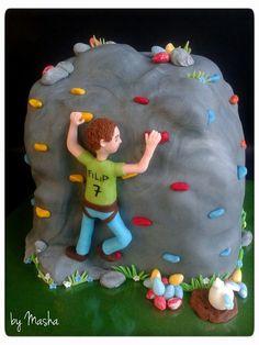 Rock climbing boys cake