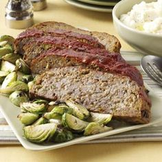 Old-World Pizza Meat Loaf - made this last night.  Left out the onions and peppers and it was still yummy! (still used the onion soup mix though).