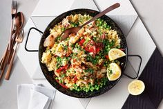 This one pot paella is not only tasty and easy to make, but it's also filled with healthy ingredients to kick start your week.