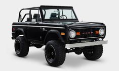 Coat Tails, Cocktail Dresses, and this Classic Ford Bronco. all things that are best done in black. This Classic Ford Bronco is as classy as they come. Chevy Diesel Trucks, Chevrolet Trucks, Chevrolet Impala, Ford Trucks, 1957 Chevrolet, 4x4 Trucks, Lifted Trucks, Custom Trucks, Classic Bronco