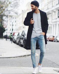Look casual, décontracté avec un jeans, t-shirt uni et bonnet #look #men #mode… Más