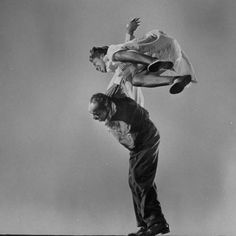Premium Photographic Print: Leon James and Willa Mae Ricker Demonstrating a Step of the Lindy Hop by Gjon Mili : Lindy Hop, Let ́s Dance, Shall We Dance, Just Dance, Tango, Rockabilly, Gjon Mili, Swing Dancing, Dancing In The Dark
