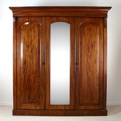 For Sale on - A good quality English William IV mahogany three door wardrobe dating, With a moulded cornice above three arched crossbanded panelled doors Three Door Wardrobe, Pine Wardrobe, Antique Wardrobe, Mirrored Wardrobe, Wardrobe Furniture, Home Decor Furniture, Furniture Design, Wooden Furniture, Murphy Bed Ikea