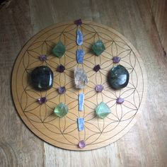 Crystals For Sale, Crystals And Gemstones, Crystal Grid, Lotus Flower, Wood Grain, Healing, Pony Beads, Jewelry Making Beads, Tarot Cards