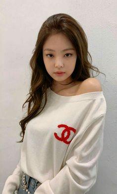 Blackpink jennie my princes Blackpink Jennie, Kpop Girl Groups, Korean Girl Groups, Kpop Girls, Asian Woman, Asian Girl, Jenny Kim, Mode Kpop, Chica Cool