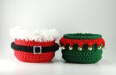 Christmas decor - Santa Claus crochet bowl and Santa's Elf crochet bowl by TheKnottyNeedle #christmas #christmasdecor #santa #elf