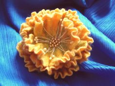 Felted wool flower pin. Hand felted flower brooch  от WoolFeltArt