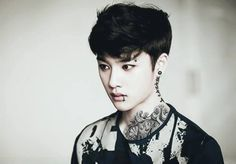 SO MUCH WHITE WASH AND BAD EDITING BUT KYUNGSOO WOULD LOOK HOT AS HELL LIKE THIS