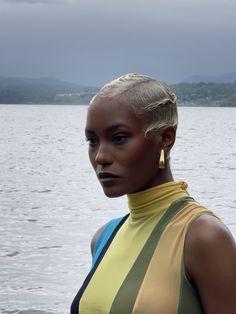 Dyed Natural Hair, Natural Hair Tips, Natural Hair Styles, Short Hair Styles, Black Women Hairstyles, Cool Hairstyles, Shaved Hair Designs, Cool Makeup Looks, Bald Hair