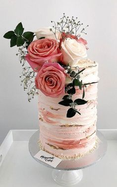 10 The prettiest floral wedding cakes for any season ? naked wedding cake : 10 The prettiest floral wedding cakes for any season ? Floral Wedding Cakes, Floral Cake, Wedding Cake Designs, Purple Wedding, Gold Wedding, Wedding Gowns, Beautiful Birthday Cakes, Beautiful Cakes, Elegant Birthday Cakes