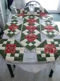 Resultado de imagem para free table christmas runner patterns