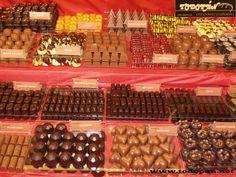 Juan Manuel Garcia, empieza la temporada de chocolate con este festival de Bombones. La exquisitec de lo sencillo. www.todopan.net #todopan #caravaca #Caravacaon #comerciodeCaravaca #Cehegin #bullas #calasparra #moratalla #Murcia