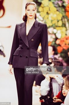 Christy Turlington walks the runway at the Yves Saint Laurent Haute Couture Spring/Summer 1993 fashion show during the Paris Fashion Week in January, 1993 in Paris, France. Get premium, high resolution news photos at Getty Images Fashion Week, 90s Fashion, Fashion Outfits, Christy Turlington, Yves Saint Laurent Paris, St Laurent, Christian Dior, Lawyer Fashion, Corporate Wear