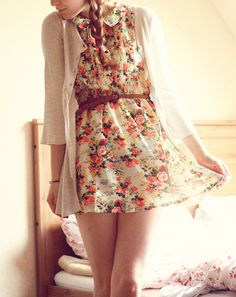Adorable Floral Dress http://www.studentrate.com/fashion/fashion.aspx