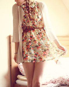 Adorable Floral Dress http://www.studentrate.com/fashion/fashion.aspx