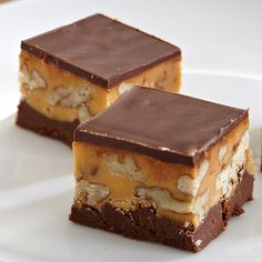 This sounds amazing and looks like a perfect bite-sized dessert for #superbowl Butter Pecan Chocolate Fudge - The Pampered Chef®