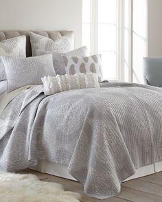 Vienna Grey Luxury Quilt