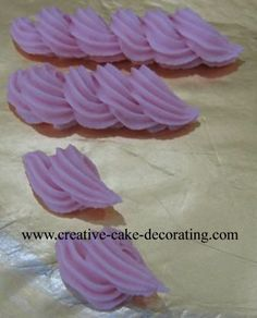 Cake Decorating Techniques. What tips make what and how to