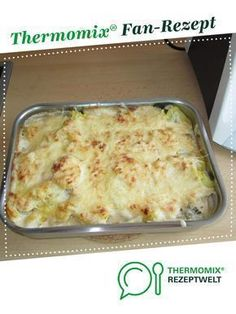 Potato and vegetable casserole with cheese sauce from A Thermomix ®️️ . - Potato and vegetable casserole with cheese sauce from A Thermomix ®️️ recipe from - Vegetable Casserole, Vegetable Stew, Vegetable Recipes, Meat Recipes, Dinner Recipes, Healthy Recipes, Vegetable Bake, Casserole Dishes, Casserole Recipes
