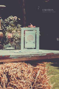 Retro wedding decoration by label emotion provence wedding event retro wedding decoration by label emotion provence wedding event agency http junglespirit Gallery