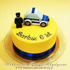 26BD. Tort z Lego policjantem na urodziny chłopca. Lego Police cake.