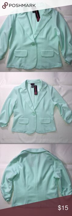 "Flirtatious Mint Green Blazer Size Large NWT 3/4 Ruched Sleeves Blazer Faux Front Pockets, 1 Button  98% Polyester 2% Spandex  Shoulder 15"" Chest 38"" Length 20"" **few tiny stains that can be washed** Price tag was removed Flirtatious Jackets & Coats Blazers"