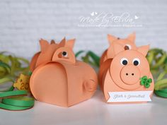 Pig had? ⋆ Elvira's stamp room - Pig had? Pig Crafts, Diy Crafts To Do, Paper Crafts, Origami Cards, Origami Box, Craft Gifts, Diy Gifts, Pig Party, Photo On Wood