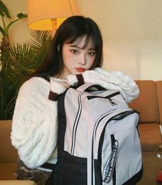 te empezó a seguir Korean Girl Fashion, Asian Fashion, Fashion Photo, Cute Asian Girls, Cute Girls, Pretty Girls, Uzzlang Girl, Japanese Aesthetic, Grunge Girl