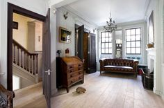 Houzz Tour: Redo Brings a 1720s London Home Into the Present Eclectic Living Room by Chris Dyson Architects