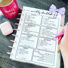Want to learn how to Bullet Journal? Thinking of starting your Bullet Journal adventure in Here is everything you need to know. Check out these 7 Bullet Journal tips that will allow you to successfully start your Bullet Journal and make the habit stick.
