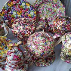 Chintz teapots