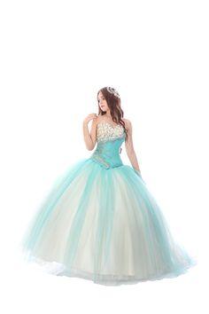 El color que tu quieras, en el vestido que tu elijas!!