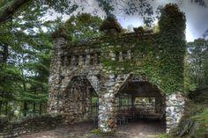 Gillette Castle, East Haddam, Connecticut ✯ ωнιмѕу ѕαη∂у
