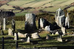 Stones of Cashtal yn Ard (C) Andy Stephenson :: Geograph Britain and Ireland