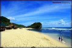 Pantai indrayanti,  yogjakarta, indonesia