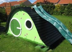 Дитячий будиночок для дачі своїми руками - варіанти, фото і креслення конструции