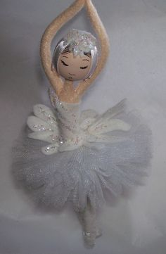 on a Theme – Elf Ornament Method to Make Swan Lake's Odette Odette ornament for Nutcracker themed tree. No pattern, but some directions.Odette ornament for Nutcracker themed tree. No pattern, but some directions. Fairy Crafts, Doll Crafts, Christmas Fairy, Christmas Crafts, Ballerina Ornaments, Ballerina Doll, Clothespin Dolls, Clothespin Crafts, Tiny Dolls