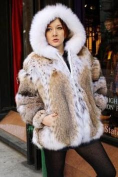 Lynx, Coyote Fur Coat, Fox Fur, Fur Fashion, Winter Fashion, Fur Jacket, Bomber Jacket, Kimora Lee, Crazy Outfits