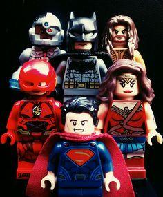 LEGOR DC ComicsR Justice League Super Heroes Flying Fox Batmobile