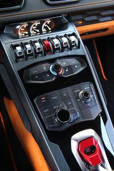 Lamborghini Huracan first drive review