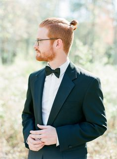 Dapper Groom | Classic Tux | Southern Weddings | Photo by The Happy Bloom Fine Art Photography | Savannah, Georgia