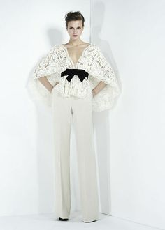 Bridal pantsuit with lace top. Zuhair Murad - Ready-to-Wear - Fall-winter 2011-2012