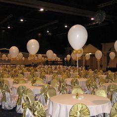 Feestdecoratie, ballonnen op stokjes.