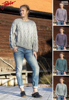 Oversized sweater in our alpaca wool.