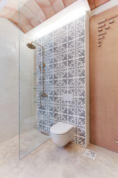 CASA SANT JOSEP   homify Toilet, Home And Garden, Rustic, Interior Design, Bathroom, Architecture, House, St Joan, Interiors