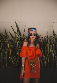 TWO STYLES IN L.A. - Lovely Pepa by Alexandra. Orange off the shoulder ruffle little dress+brown tassel crossbody bag+printed turban+sunglasses+earrings. Summer Casual Outfit 2017