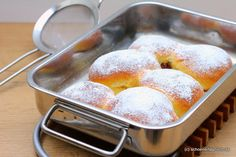 Süße Rohrnudeln mit selbstgemachter Vanillesauce